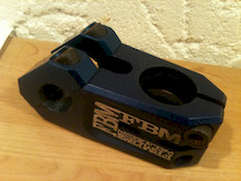FBM Toploader Stem